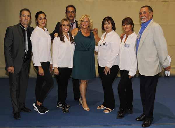El equipo de la Asociación Nacional del Baile retro que estuvo trabajando durante el Campeonato.